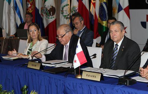 VIII-Reunión-de-Ministros-de-Infraestructura-y-Logística