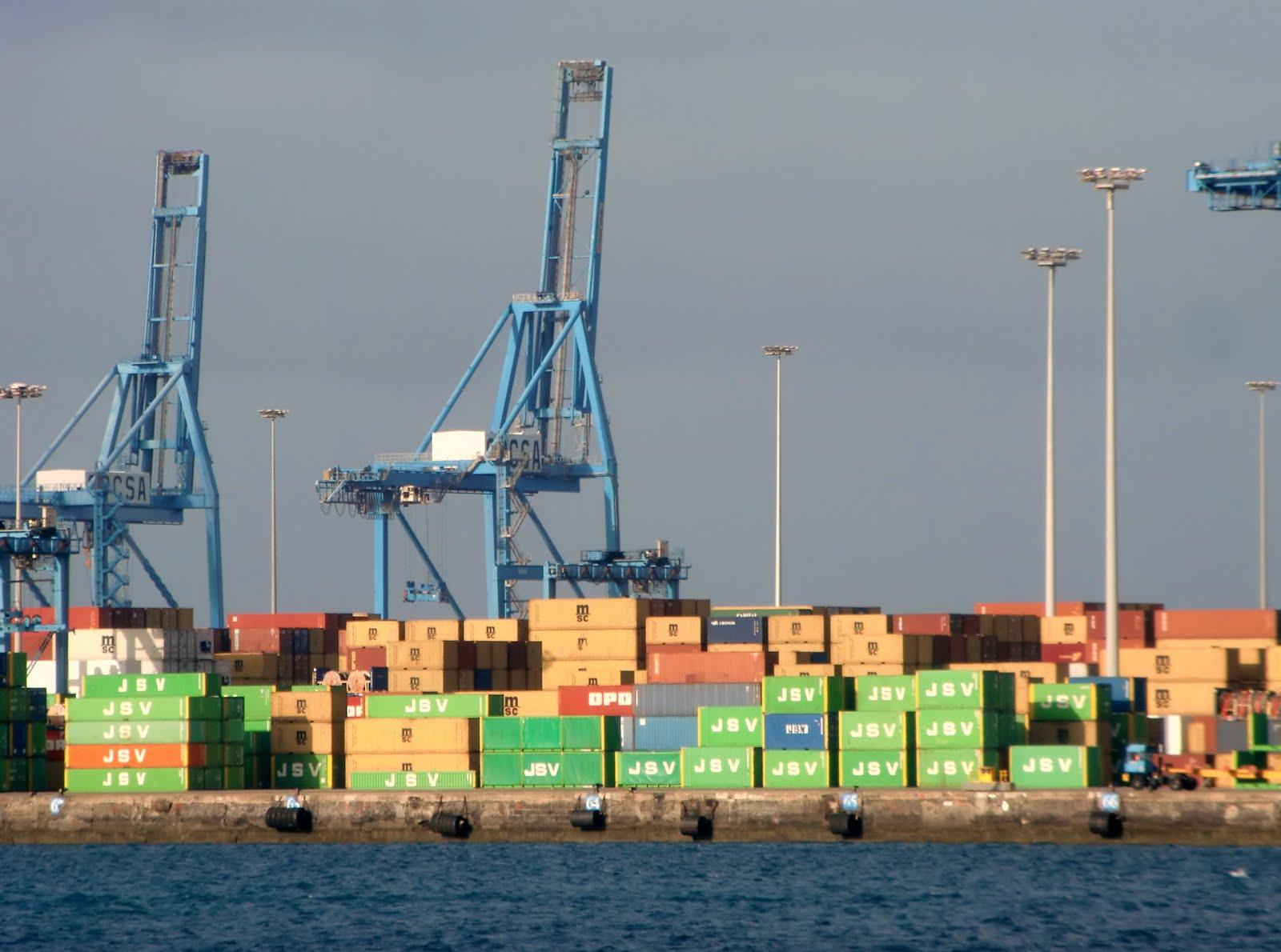 4 millones de dólares para limpiar los puertos