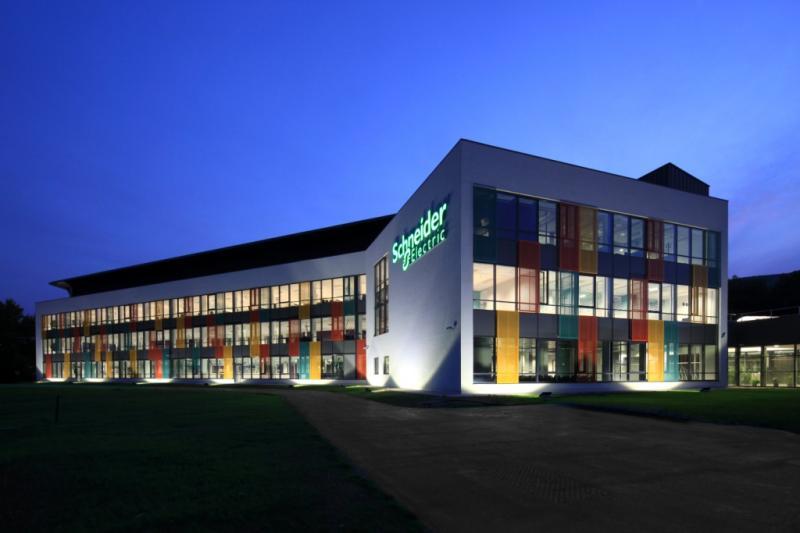 Schneider Electric completa la adquisición de Invensys
