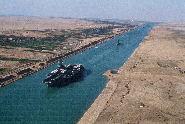 Egipto busca un plan maestro para el Canal de Suez
