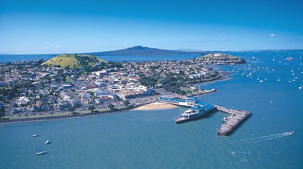 El puerto de Auckland mejora sus servicios
