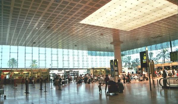 aeropuerto-barcelona-consumo-electrico