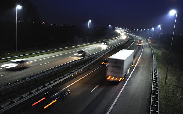 carretera-iluminada