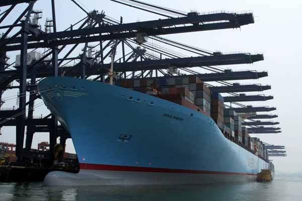 Bajada de precios en el transporte marítimo