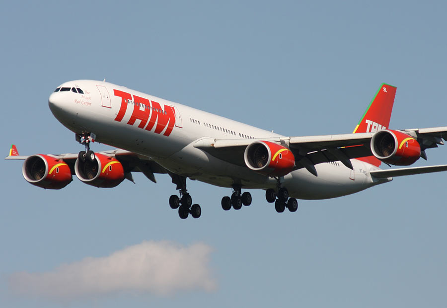 TAM y US Airways se incorporan a Oneworld