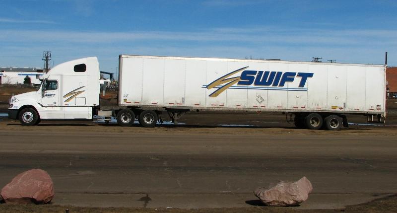 Swift Transportation reduce sus ganancias durante el invierno