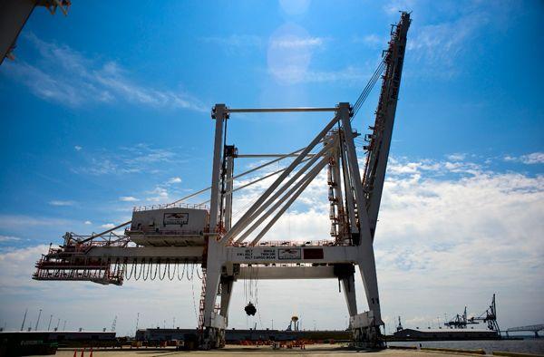 El puerto de Baltimore bate récord de contenedores