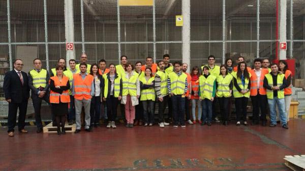 DHL-Freight-alumnos-Barcelona-puertas-abiertas
