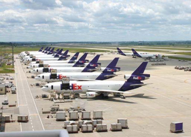 FedEx continua expandiéndose en África