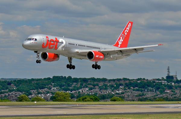 Jet2.com-avion
