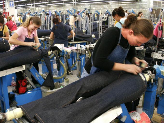 Manufacturas estadounidenses arrancan el segundo trimestre creciendo