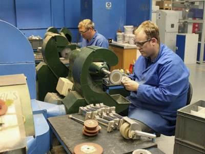 Leve crecimiento de la actividad manufacturera entre abril y mayo
