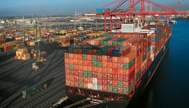 Long Beach aumenta sus ofertas para aumentar la llegada de buques