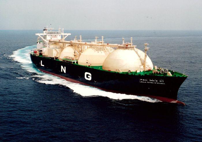China subvencionará la construcción de buques de GNL