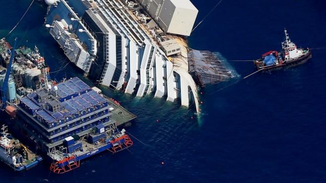 El Costa Concordia finalmente irá a Génova