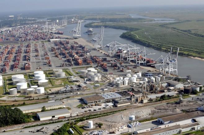 El puerto de Savannah bate récord de contenedores