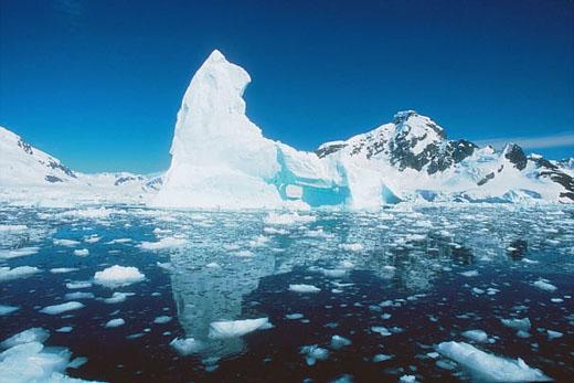Expertos están preocupados por los cruceros en el Ártico