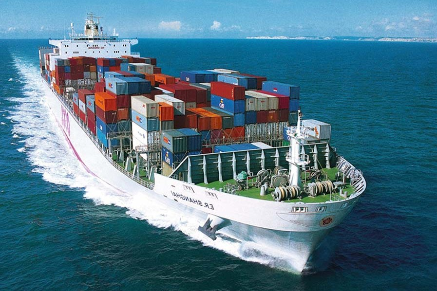 La reducción de costes es imprescindible en la carga marítima