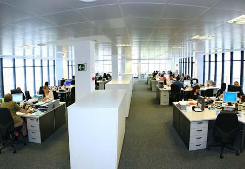 Inversi n en el mercado de oficinas alcanza los for Oficines racc barcelona