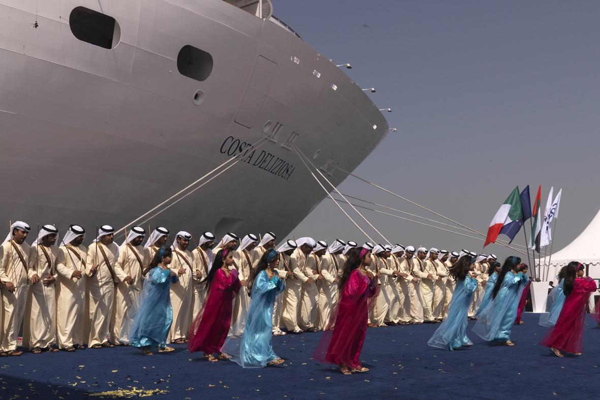 Dubái cambia sus visados para aumentar el número de cruceros