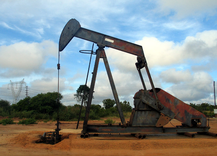Estados Unidos investiga alternativas para trasladar crudo canadiense