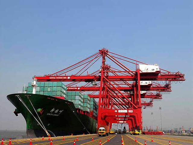 Expertos advierten de la escasez de personal en el sector marítimo