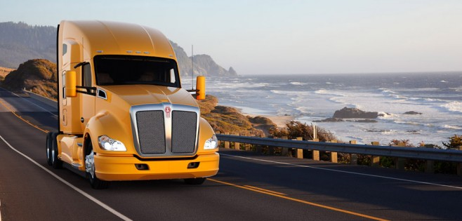 Las empresas abogan por la subida de salarios a conductores