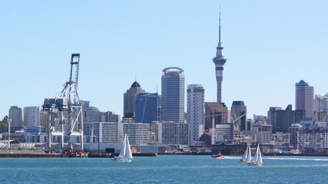 Puerto de Auckland aumenta el servicio ferroviario