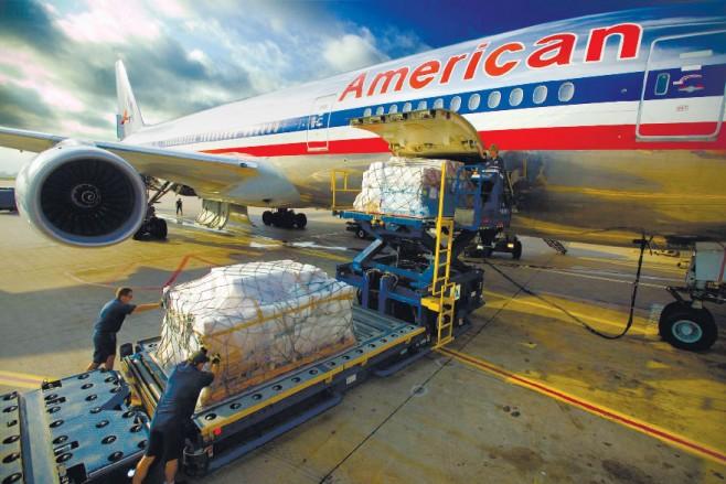 Empresas apuestan por transportar carga en aviones de pasajeros