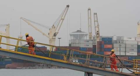 Terminal de contenedores de Khalifa aumenta capacidad