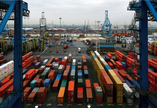 DP World y Quingdao Port Group firman un acuerdo