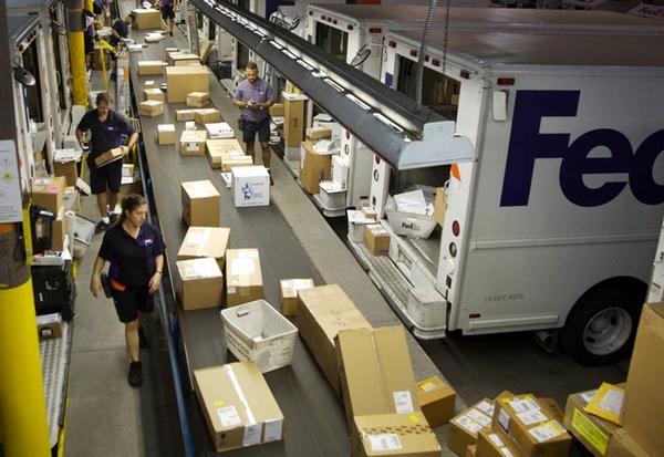 FedEx inicia campaña solidaria de Navidad