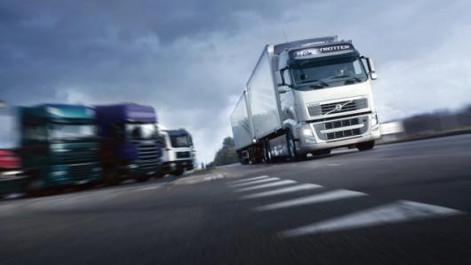 Volvo Indonesia inaugura centro de distribución