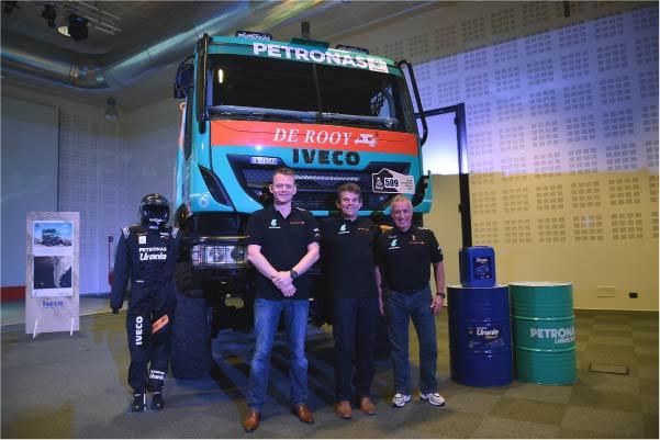 Iveco-Dakar-equipo