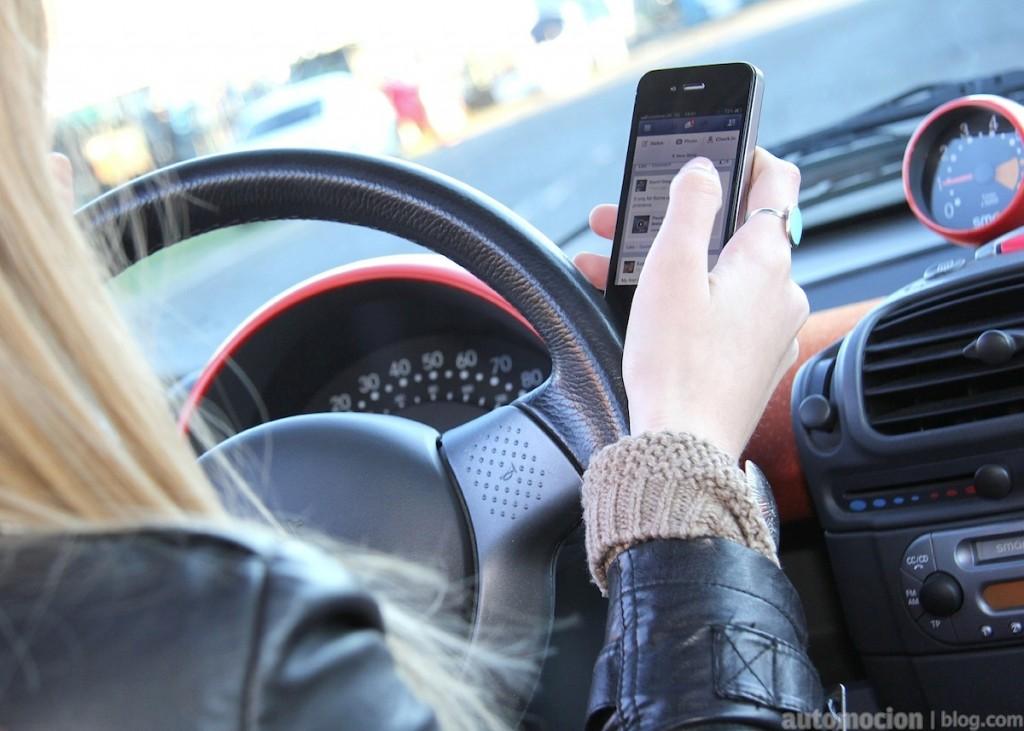 uso-smartphone-conducir