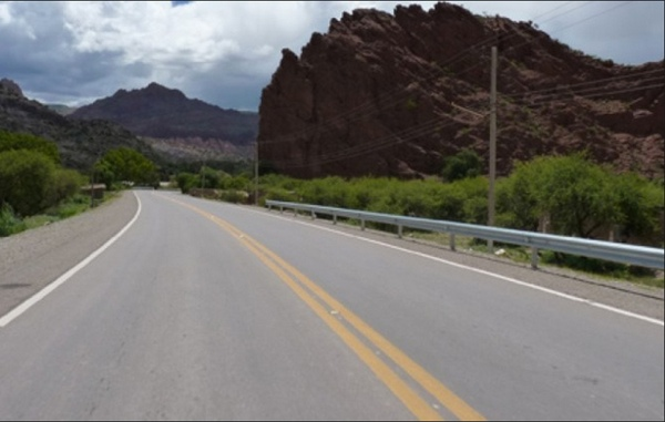 FMCSA ofrece subvenciones para mejorar seguridad en carreteras