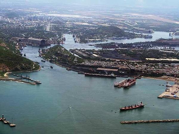 Puerto de Visakhapatnam quiere ampliar capacidad de carga