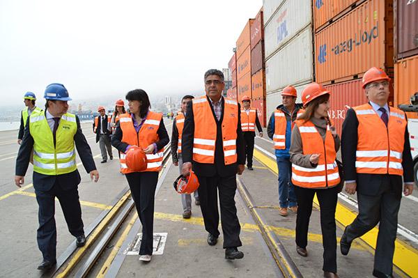 oficial-proteccion-instalaciones-portuarias