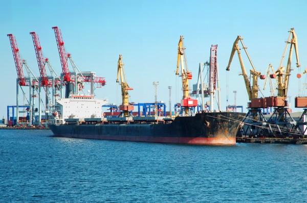 INEGI analiza los costos del transporte marítimo en México