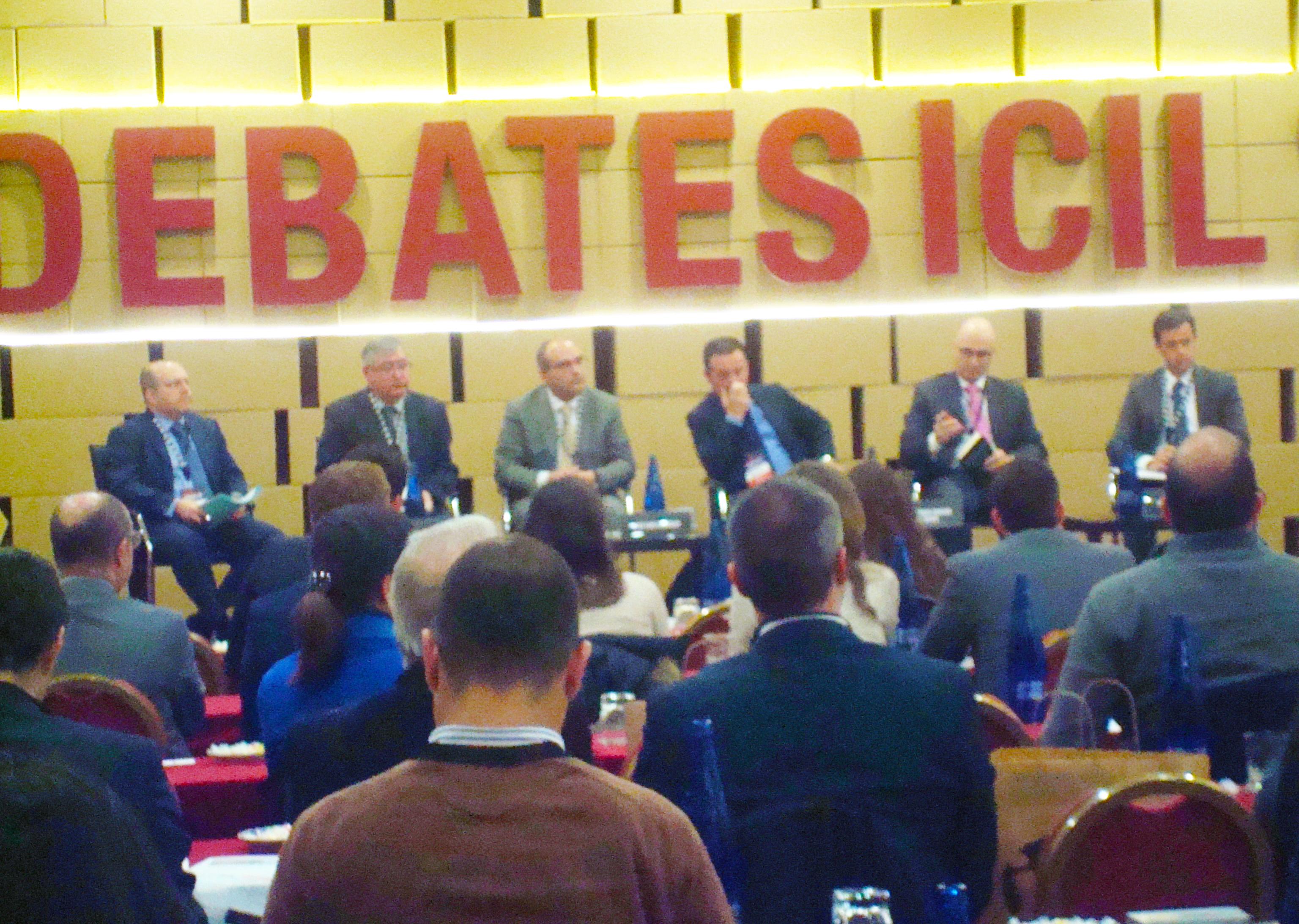 Debates-ICIL-Mesa-Redonda-Ignasi-Sayol