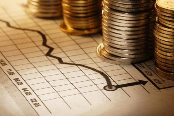 Expertos destacan desafíos financieros para la empresas