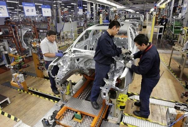 Manufacturas crecen en México por bajada precio petróleo