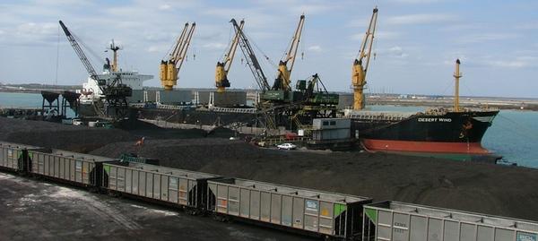 Mineral reduce su presencia en puertos mexicanos