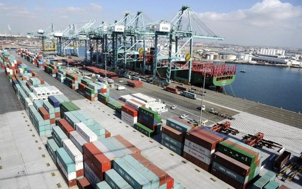 Puerto de Los Ángeles lanza programa para acelerar carga