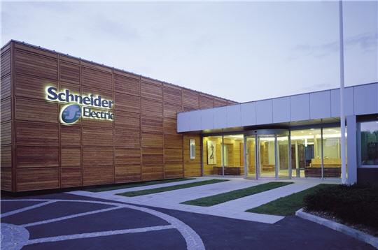 Schneider Electric gana un premio por su estrategia de formación