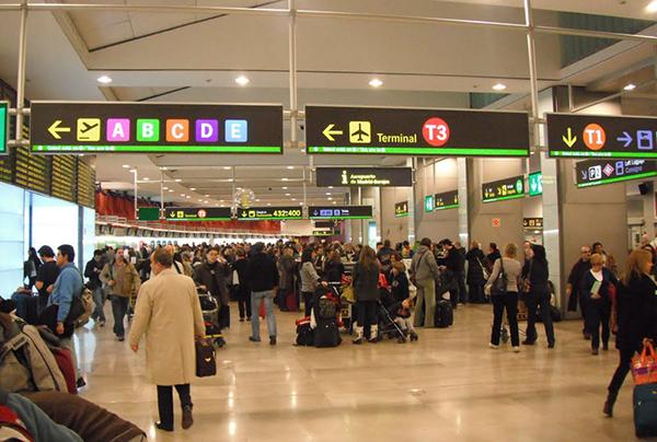 pasajeros-aeropuerto-aena
