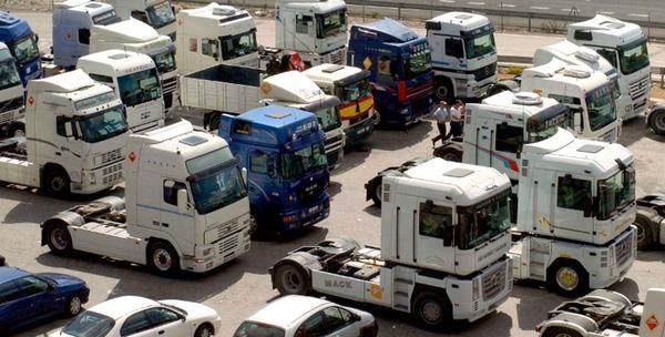El sector del transporte pierde 6.800 empleados en marzo