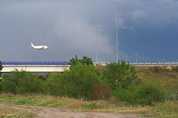 avion-aterrizaje-aeropuerto-barajas