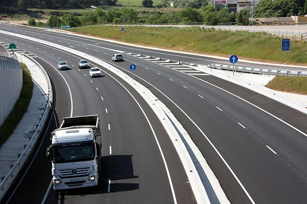 carreteras-pais-camion