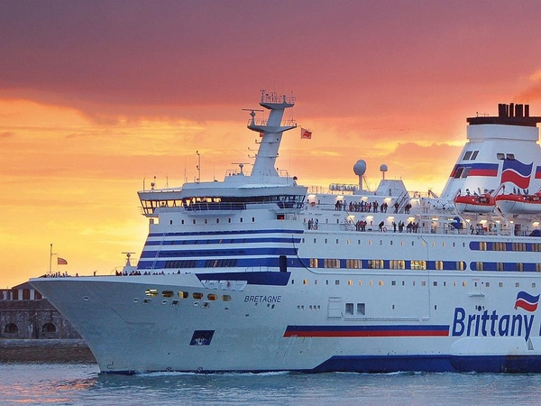 Brittany Ferries recupera su ferry incautado